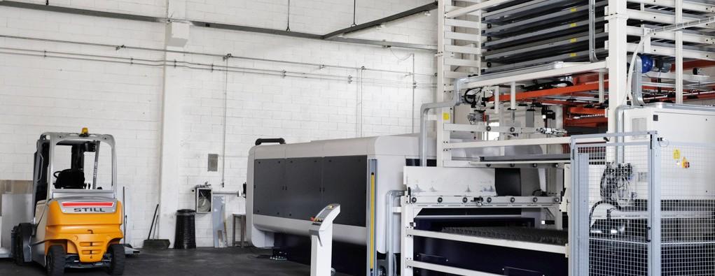 Impianto taglio laser automatizzato